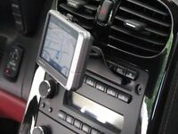 Garmin Sat Nav with upto date UK & Ireland Maps Complete with all Accessories.