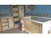 MAMAS & PAPAS 4 Piece Cot Bed & Junior Bed, Sleepsafe Mattress, Wardrobe & Changing Station Set