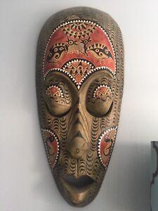 masque africain quebec