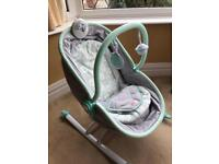 Rest and play seat / cot