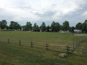 Nice LOT for SALE in Country Lane RV Park  **Call Today for view