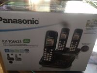 Panasonic Triple Phone System/answering machine as new BNIB