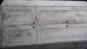 Armoire de coin patine shabby chic