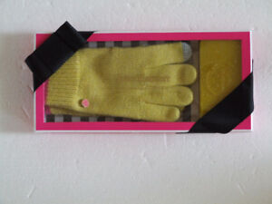 Juicy Couture women's yellow touch screen gloves