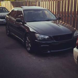 2002 Lexus IS 300 Sedan LSD