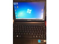 "Windows 7 Samsung N145 10"" laptop, great for holidays"