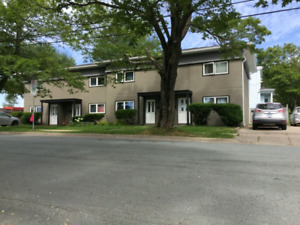3 bedroom North End - September 1 - all  included