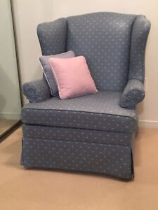 Blue Wing Chair very comfortable great condition!