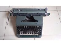 Olympia Typewriter De Luxe Good Condition