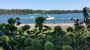 Luxueux condo à louer à l'Héritage du Vieux Port de Montréal