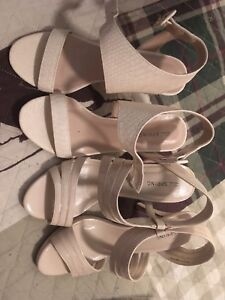 Size 7 and 7.5 women high heels