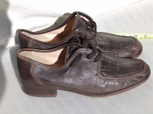 Mens brown shoes $5