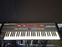 Roland Juno 106 - Vintage Analogue Poly synth w/hardcase