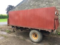 Marshall tipping trailer with 8 tonne grain bin - ready to go straight to harvest