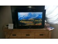 LG 32 INCH FREEVIEW TV