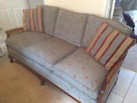 Beautiful excellent condition 3 seater rattan sofa