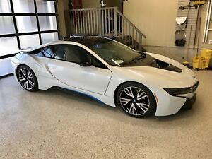 mintC. 2015 BMW I8. For sale. Pearl edition