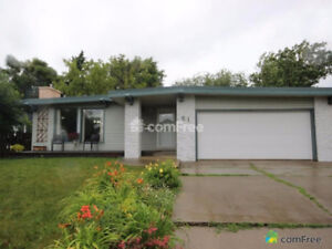 Sherwood Park home with basement suite!