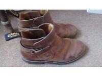 Men's camel boots size 7.5