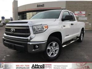 2015 Toyota Tundra SR. Keyless Entry, Running Boards, Backup Cam