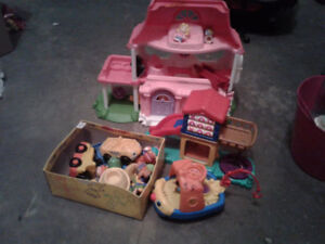 Fisher Price Little people Items