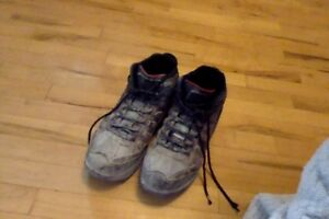 Steel Toe Work Boots used a few times Nw UofC/Sait