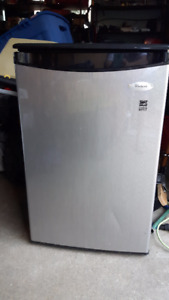 Bar Fridge in excellent condition