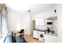 Studio flat in 9 Little Turnstile, Holborn, London, WC1V 7DX