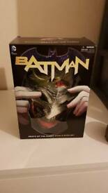 Batman Death of the Family Comic + Mask