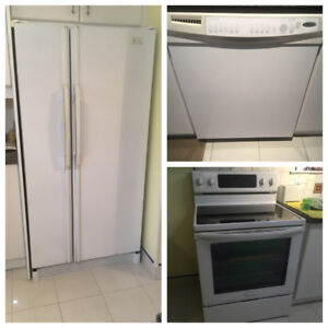 White Appliance Set in Great Condition!
