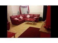 Single Room To-let near Dagenham Heathway. For details Anis-078-34-55-7039