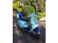 (RARE 2004 VESPA ET4 125cc LOW MILEAGE / NEW MOT / £1050