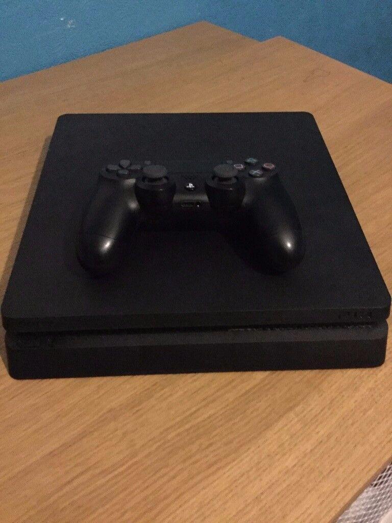 Playstation 4 (1tb)+ Games Bundle(4)