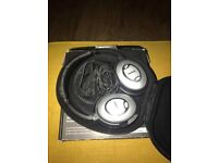 Bose QC15 (QuietComfort) Noise Cancelling Headphones...