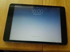 IPAD MINI 1 16gb wifi only. Silver