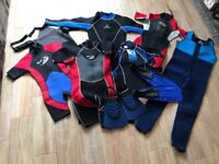 Wetsuit & flippers bundle, full body and shortie, both adults and kids.