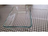 Glass baking dish (10'' x 7'' x 2'')