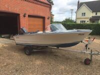 Broom Motor Boat White 25HP
