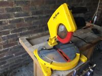 Electrical circular bench saw in good clean working order