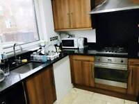 Room to share with an other guy in archway just 100 pw no fees