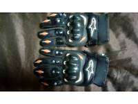 Alpinestars large motor bike gloves 25 pounds can post