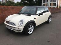 2003-03 Mini 1.6 Cooper 82000 Miles white with black Roof chili Pack