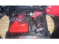 Milwaukee M12CDD402C drill/driver