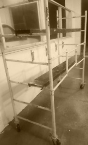 """SCAFFOLD KIT 6FT x 6FT x 2.8FT, ON 5"""" CASTERS, 2 PLATFORMS"""