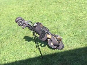 Left handed youth golf clubs