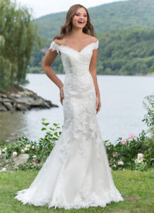 Gorgeous Justin Alexander Wedding Dress