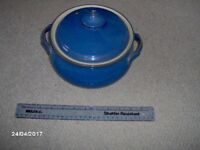 DENBY IMPERIAL BLUE CASSEROLE DISH WITH CARRYING HANDLES