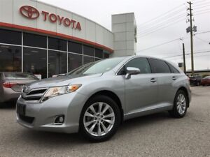 2015 Toyota Venza 4CYL XLE AWD, LEATHER, NAV, PANO ROOF, BLUETOO