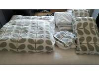 Bed linen, quilt and pillows