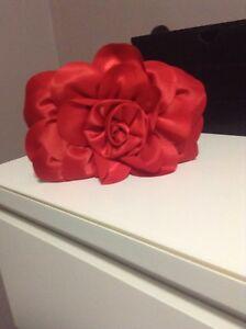 Rose red clutch